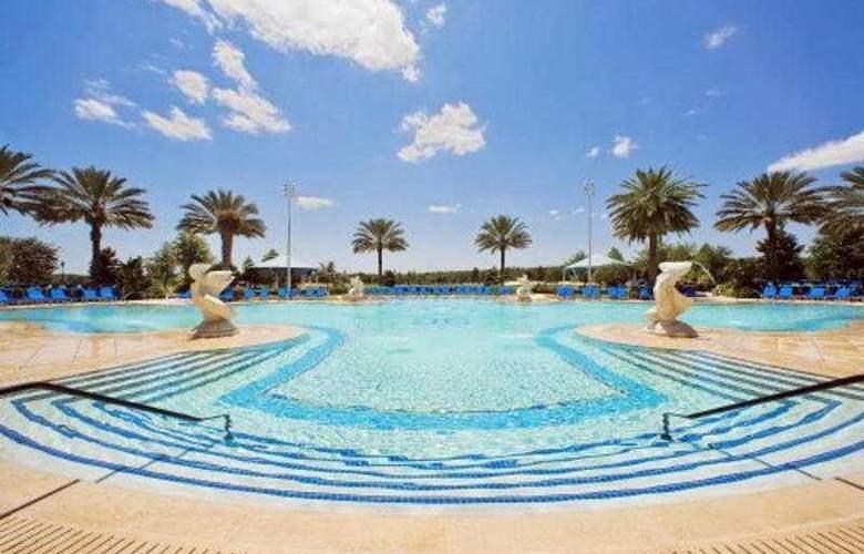 Ritz Carlton Grand Lakes - Pool - 6