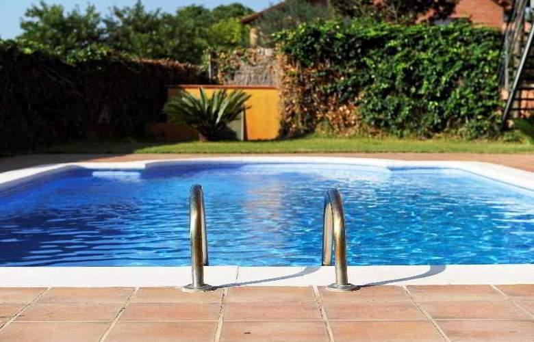 Marsol Apartamentos Turisticos - Pool - 1