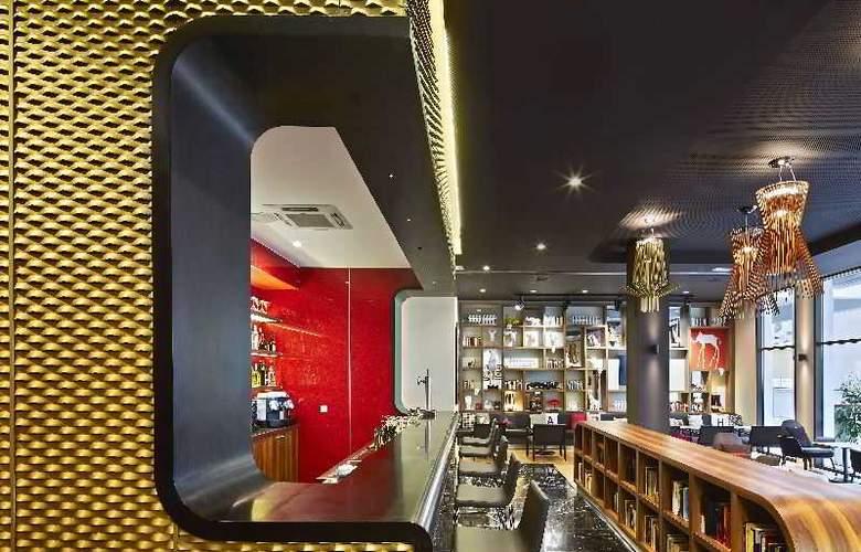Vincci Gala - Bar - 11