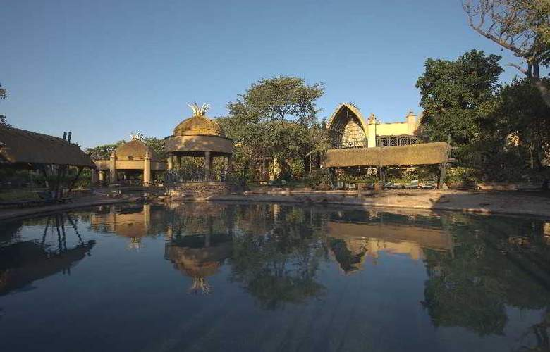 The Kingdom at Victoria Falls - Hotel - 10