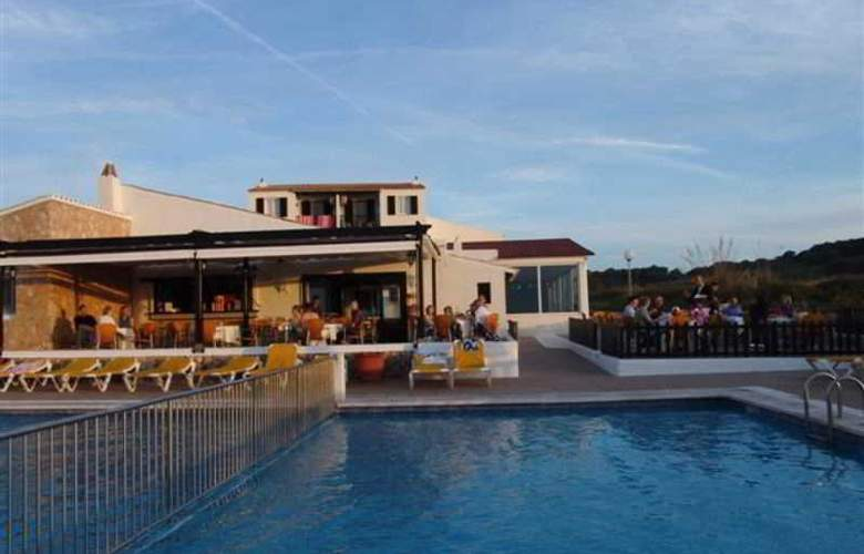 Isla Paraiso - Pool - 16