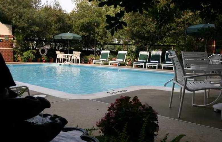 Hampton Inn Richmond-West - Hotel - 6