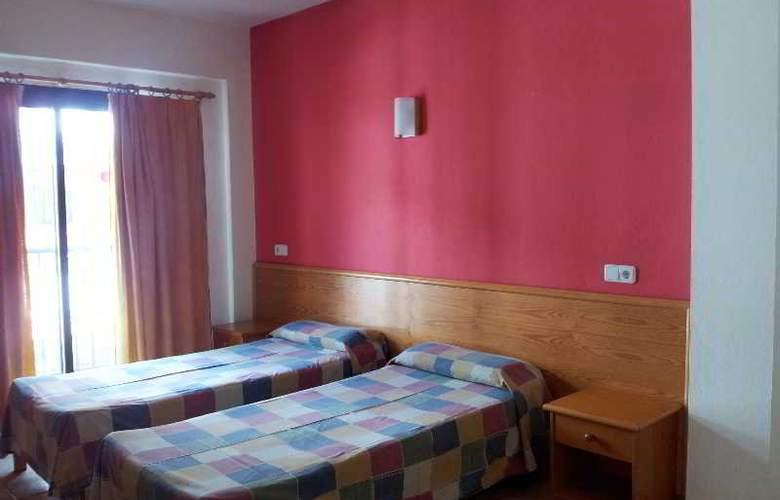Hostal Ferrer - Room - 3