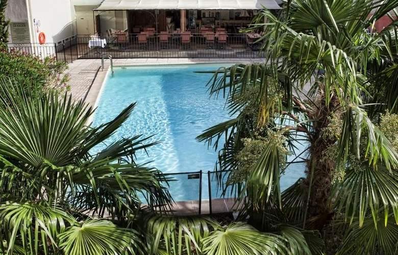 Best Western Le Galice Centre-Ville - Pool - 3