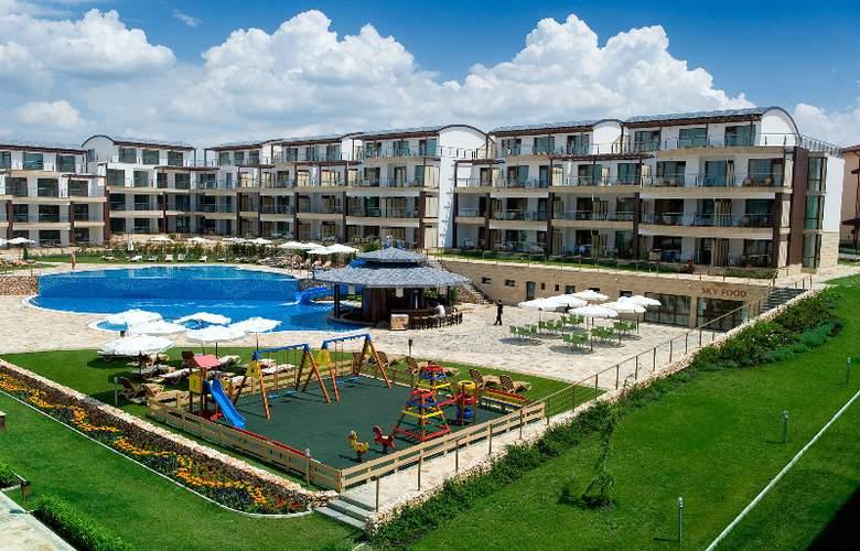 Topola Skies Golf & Spa Resort - Hotel - 0