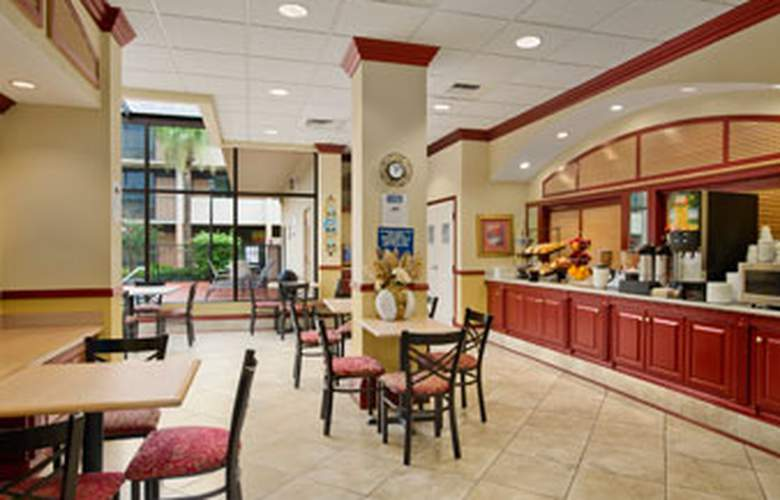 Travelodge Inn And Suites - Restaurant - 3