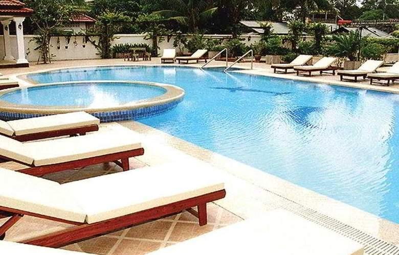 Angkor Star - Pool - 5