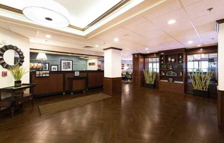 Hampton Inn Columbia/ Lexington - Hotel - 3