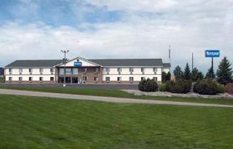 Rodeway Inn & Suites - General - 3