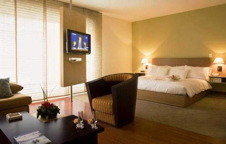 Cosmos 100 Hotel y Centro de Convenciones - Room - 8