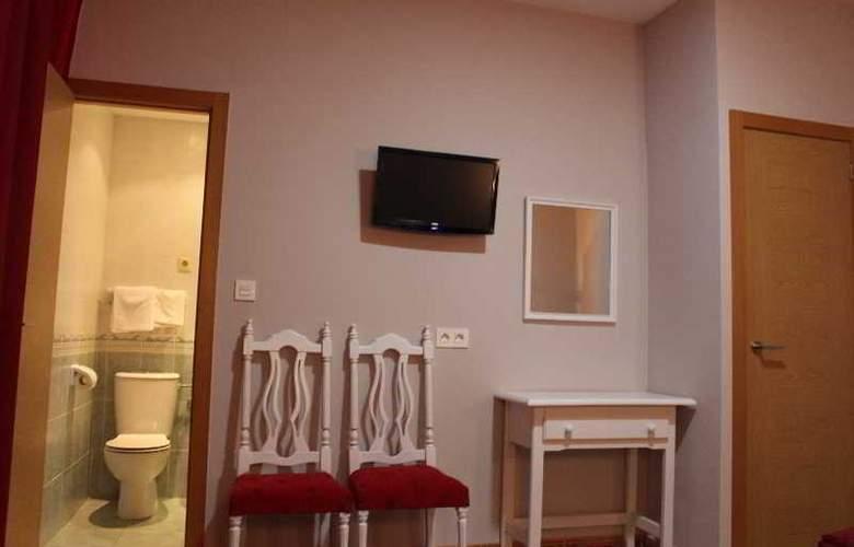 Sonia - Room - 19