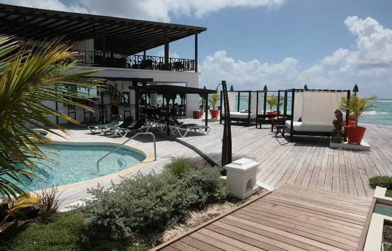 Silver Point Villa - Pool - 4