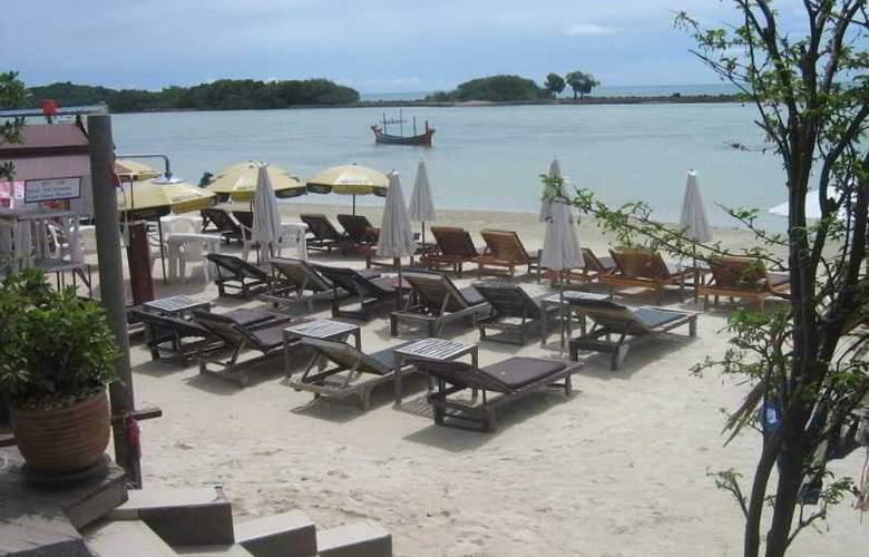 Chaweng Chalet - Beach - 36