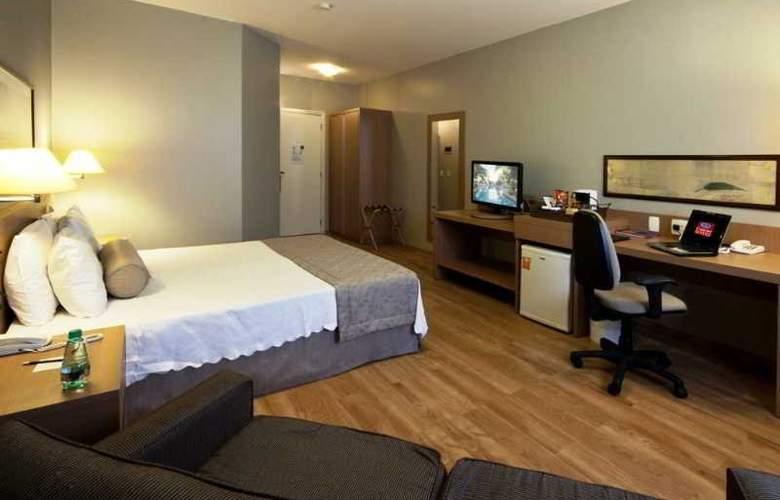 Comfort Suites Flamboyant - Room - 2