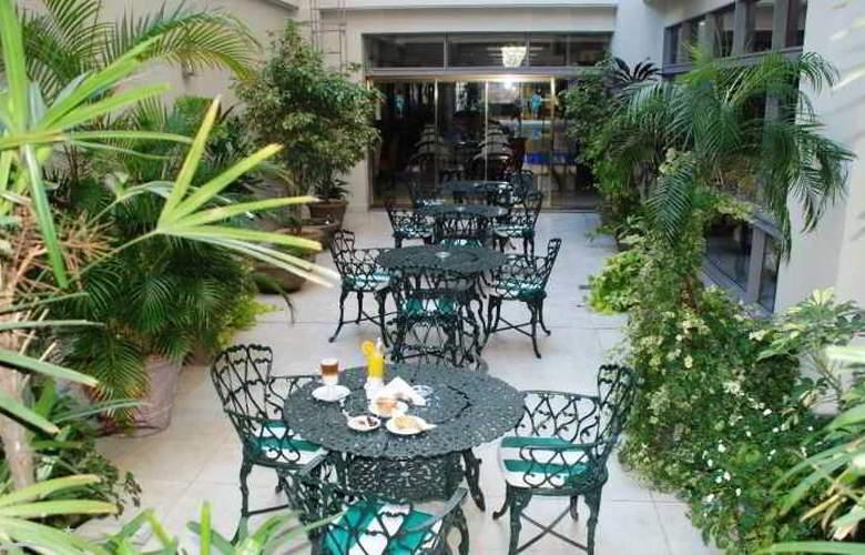 Reconquista Garden - Hotel - 8