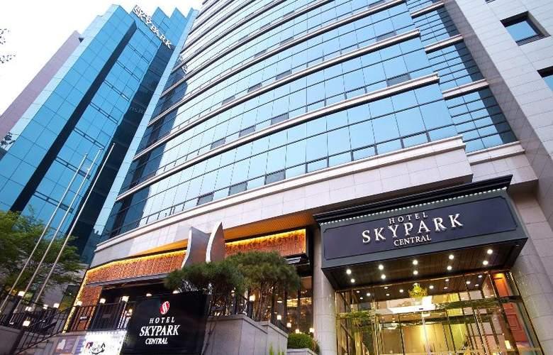 Skypark Central Myeongdong - Hotel - 0