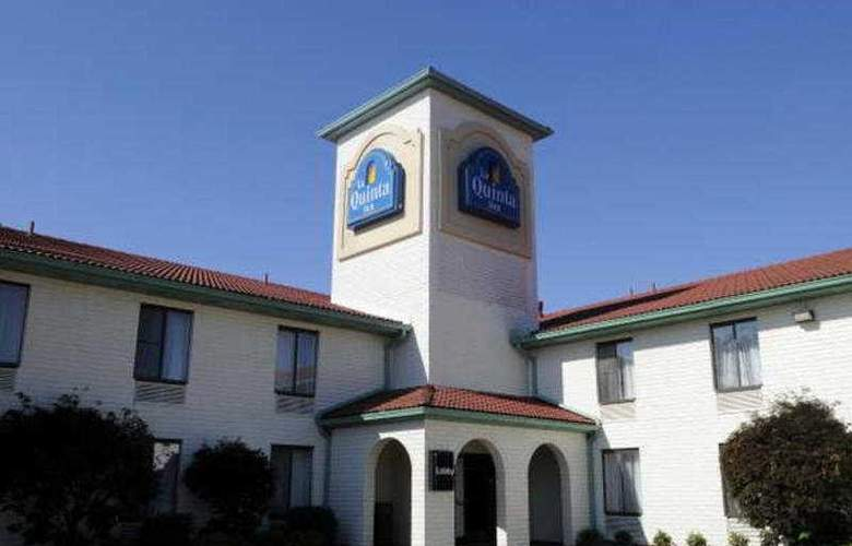 La Quinta Inn Richmond 243 - General - 1