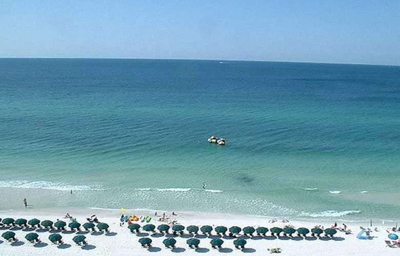 ResortQuest Rentals at SunDestin Beach Resort - Beach - 6