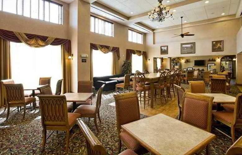 Hampton Inn & Suites Pittsburg - Hotel - 8