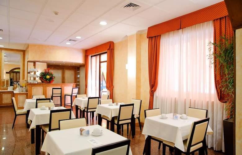 Novo Rossi - Restaurant - 3