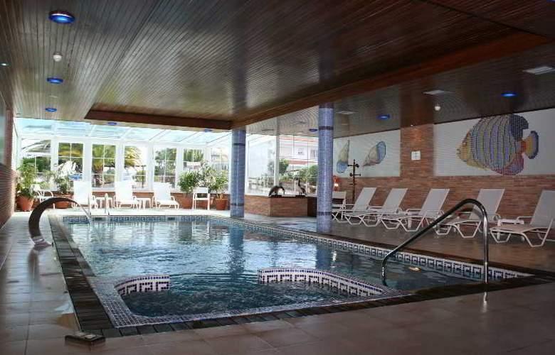 Villa Cabicastro - Pool - 5