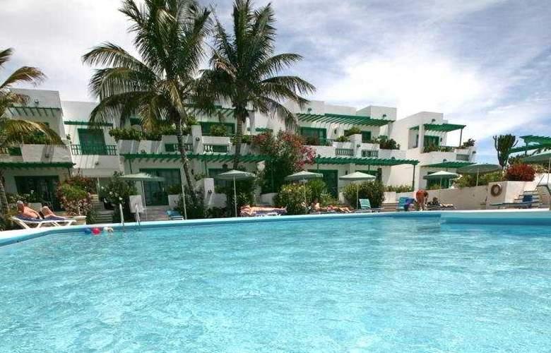 Nazaret Apartments - Pool - 5