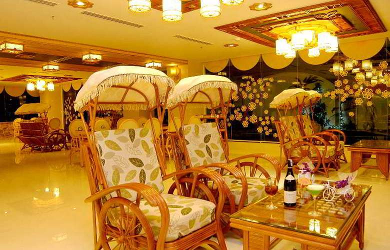 Green World Hotel Nha Trang - Bar - 39