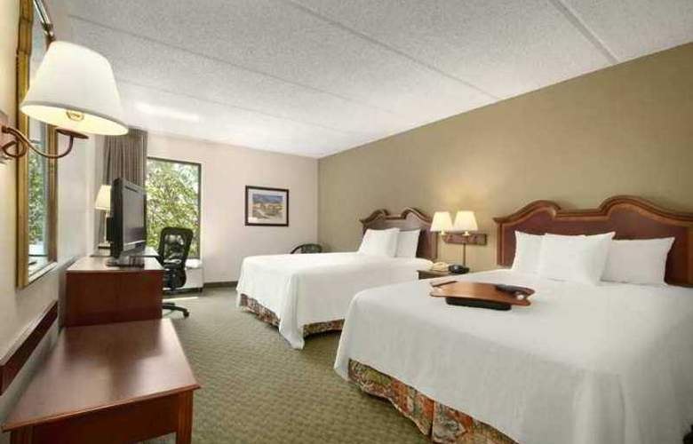 Hampton Inn Houston-Brookhollow - Hotel - 1