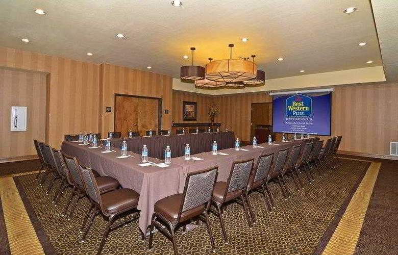 Best Western Plus Christopher Inn & Suites - Hotel - 5