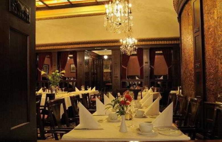 Best Western Hotel Eggers - Hotel - 3