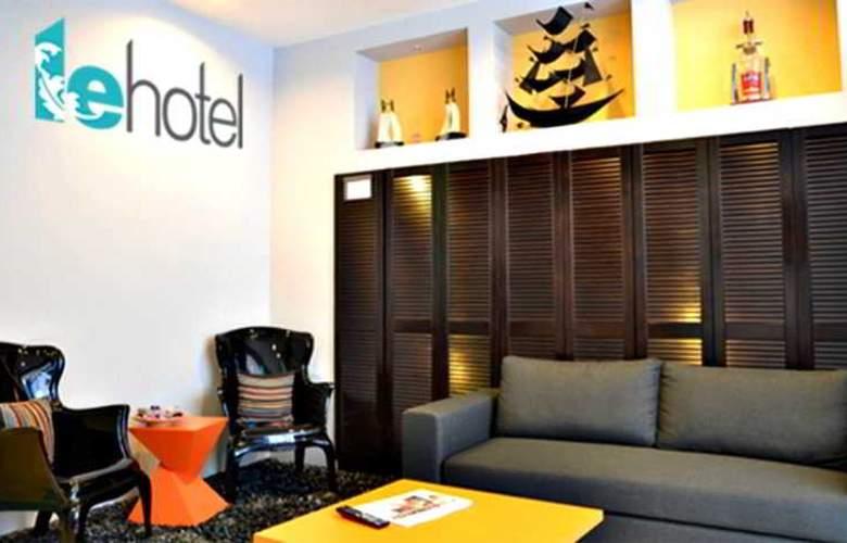 Le Hotel Singapore - General - 10