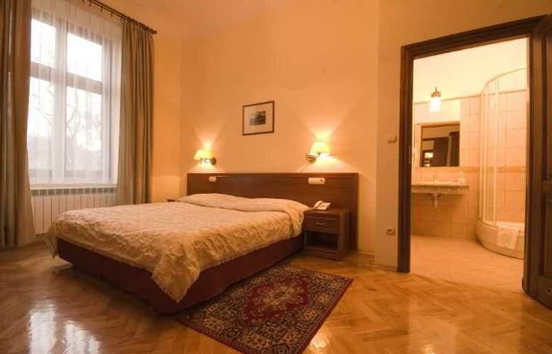 Aparthotel Basztowa - Room - 0