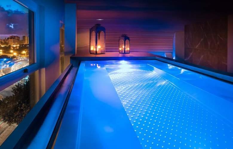 Sh Valencia Palace - Pool - 3