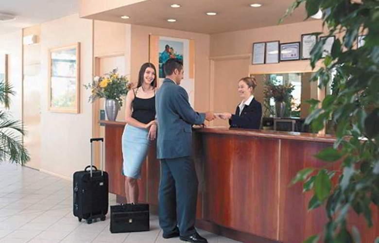 Metro Hotel Perth - General - 0