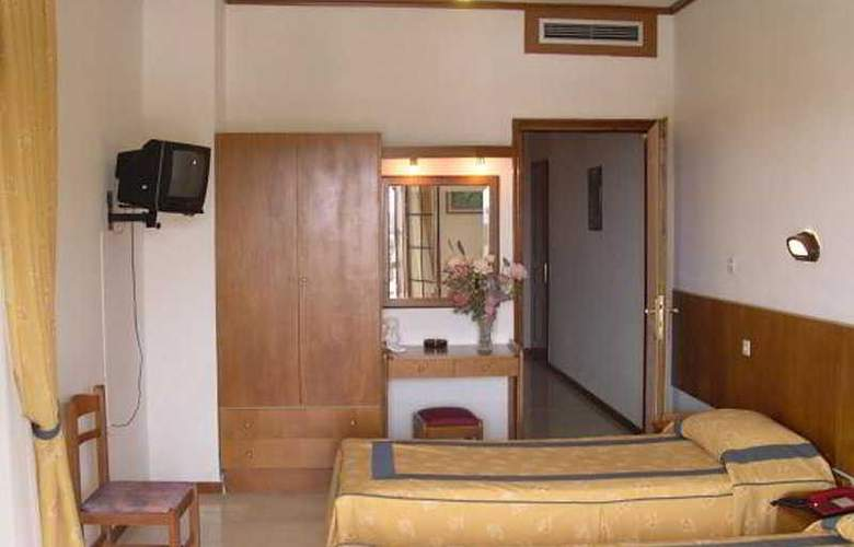 Famissi - Room - 4