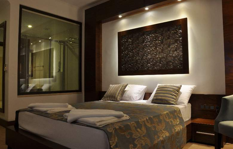 Small Beach Hotel - Room - 2