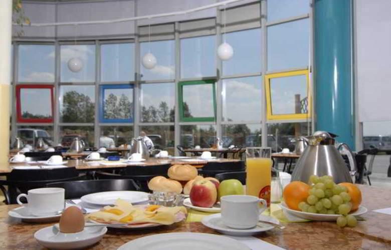 EuroHotel Vienna Airport - Restaurant - 8