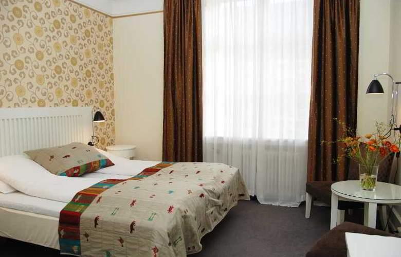 Grand Terminus - Room - 2