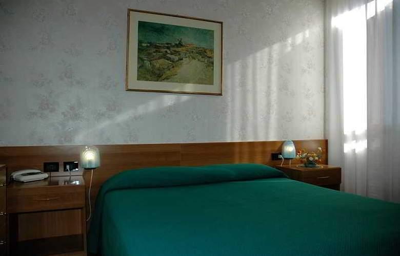 Zunica1880 - Room - 4