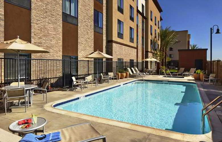 Hilton Garden Inn Los Angeles/Redondo Beach - Pool - 3