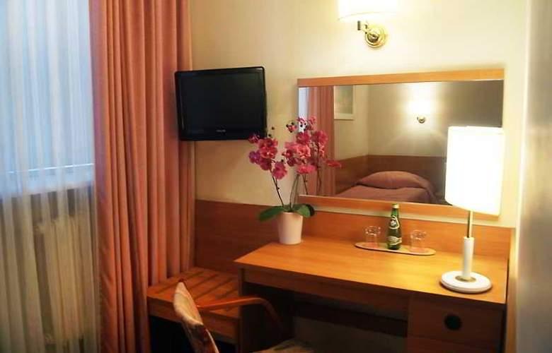 Reytan Hotel - Room - 9