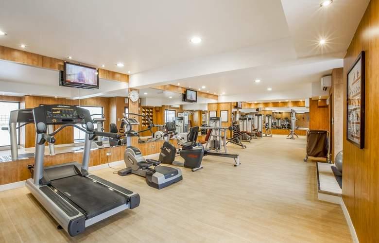 Golden Sands Hotel Apartments 3 - Sport - 4