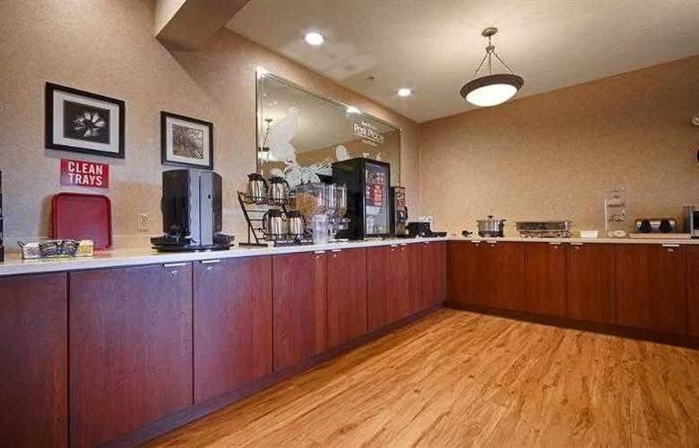 Best Western Plus Park Place Inn - Hotel - 79