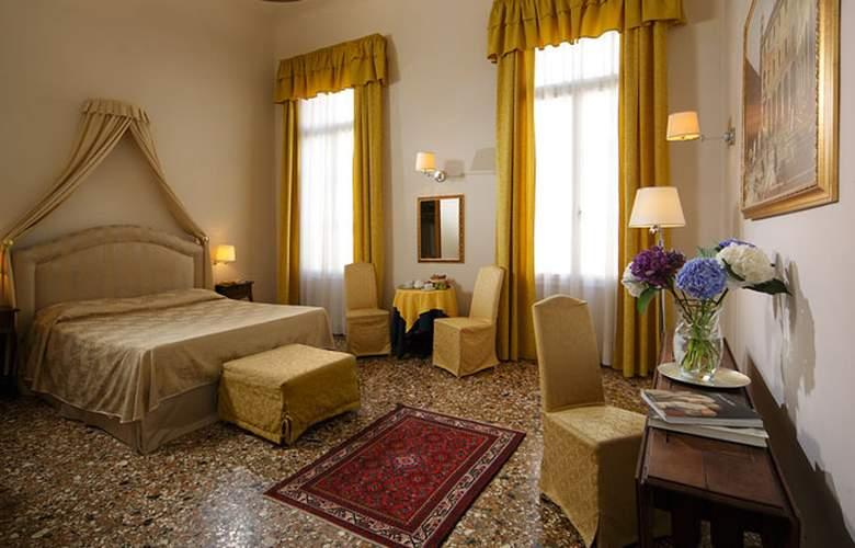 Palazzo Rosa - Room - 5
