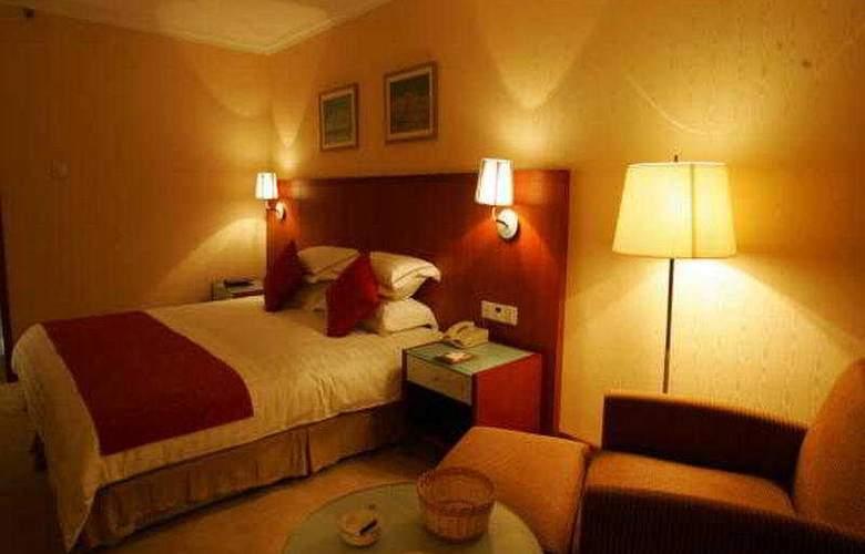 Zheng Xie - Room - 4