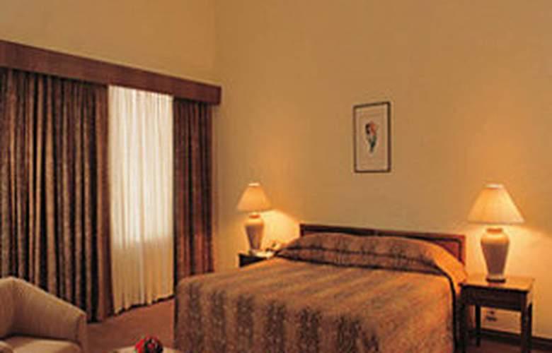 Oberoi Maidens - Room - 0