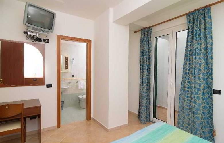Villa Fumerie - Room - 15