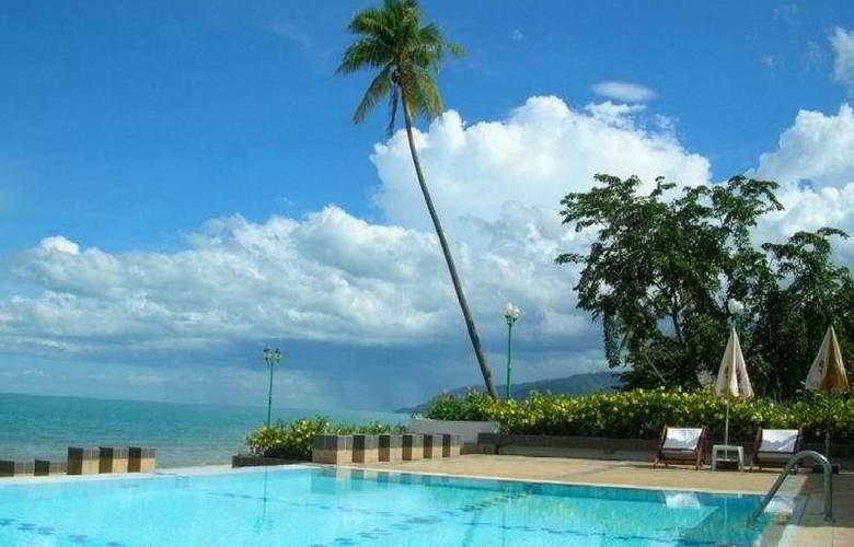 Khanom Golden Beach Hotel - Pool - 2
