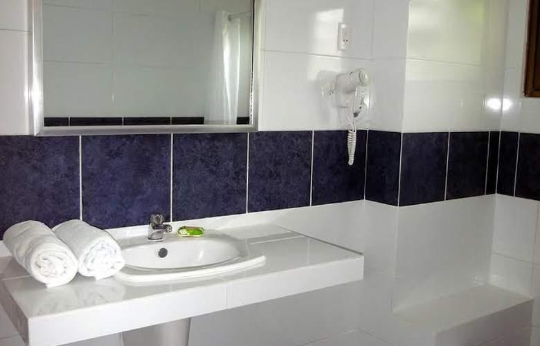 Casa Isabel Miramar - Room - 8