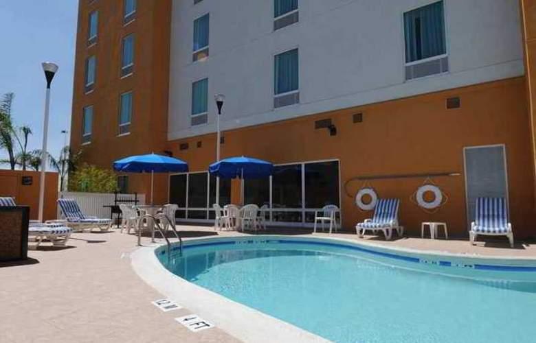 Hampton Inn Queretaro, Mexico - Hotel - 3